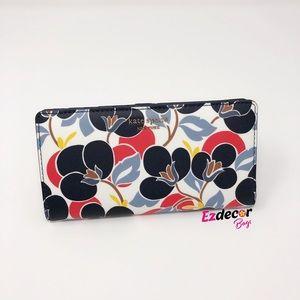 NWT Kate Spade Cameron Slim Large Bifold Wallet
